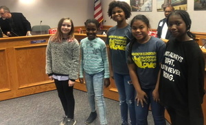 Washington Students lead Pledge at December Board Meeting